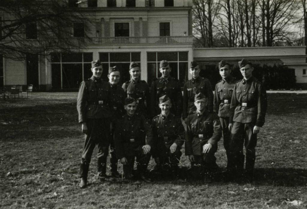 SS-training bij Landgoed Avegoor (Bron: NIOD / Beeldbank WO2)