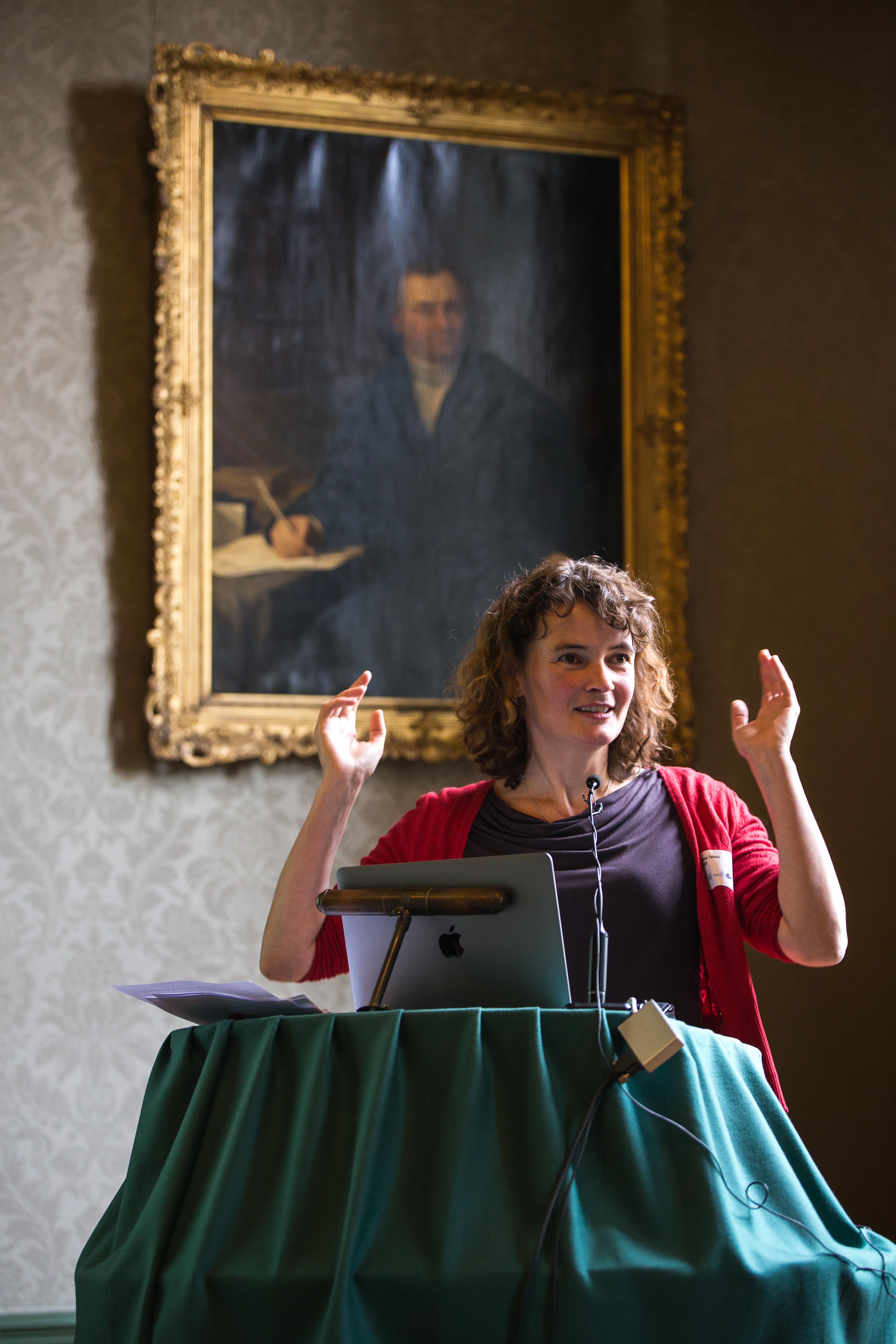 Ismee Tames (onderzoeker, NIOD)